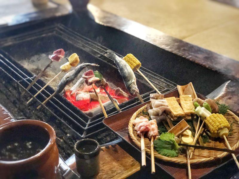 Recettes japonaises : le style Irori No.2 du top 6 des meilleurs plats dégustés dans mes romans de fantasy et romances.